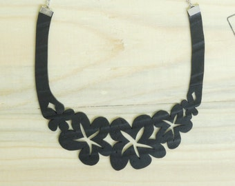 Flower necklace using inner tube, FREE SHIPPING - Inner tube necklace  - Modern necklace - Upcycled necklace - recycled Jewelry - Vegan