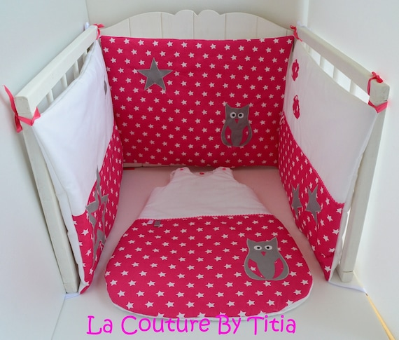 tour de lit et gigoteuse fait main etoiles rose et blanc hibou. Black Bedroom Furniture Sets. Home Design Ideas