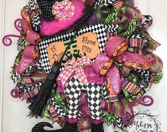 Witch Wreath, Pink & Black, Deco Mesh Wreath, Halloween Wreath, If the Shoe Fits Wreath, Front Door Wreath, Halloween Witch Decor