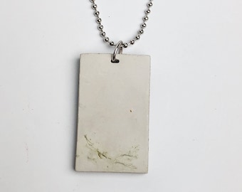 Concrete necklace- moss