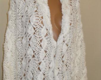 Bridal Cover up, Bridal Shawl, Bridal Bolero Shrug, Ivory Shawl, Bridal Cape, Winter wedding, Bridal Cover up, Bridal Wrap, Bridal Shrug