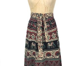 vintage 1970's Indian wrap skirt / Indian cotton / floral elephants / India / women's vintage skirt / size large