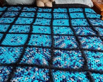 Beautiful crochet granny square throw 138cm x 138cm