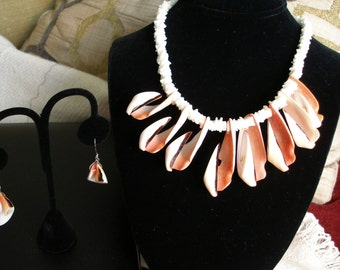 Vintage Exotic STRAWBERRY CONCH Shell Jewelry