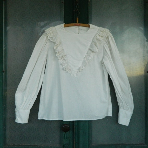Retro Victorian Long-Sleeve White Cotton Blouse