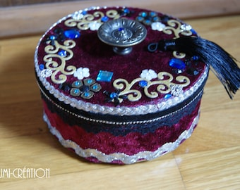 Antique Burgundy and black jewelry box
