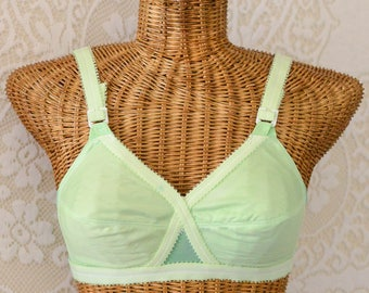 vintage 1950s hand dyed mint green bullet bra