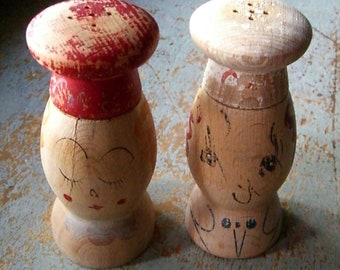Vintage Salt and Pepper Shakers, Wood, Mr. and Mrs., Shaker Set, Kitsch