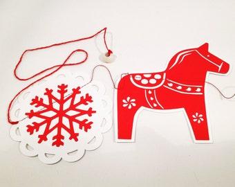 Scandinavian Dala Horse Paper Garland,  206 cm. Red Christmas Garland. Christmas decorations. Christmas garland.