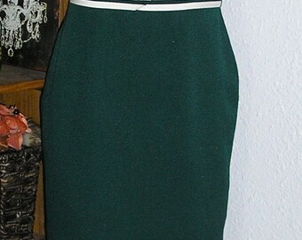Vintage 80s, emerald green, belted, dress by Scarlett, size 5/6, short sleeve
