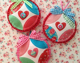 Christmas Vintage Ornament / Xmas Tree Ornaments / Vintage Fabric Ornaments  / set of 3 / Handmade and Design in Vintage Fabric