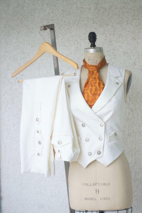 White Wedding SuitA Women\'s Steampunk Vest Tuxedo