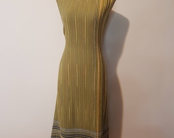1970s 1960s Vintage dress, Green maxi long dress, Casual Cotton day loose dress