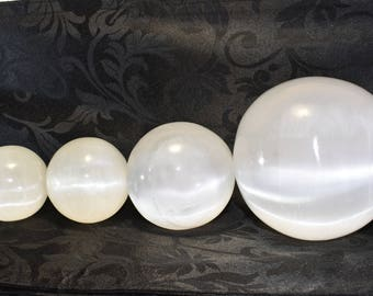 Selenite Crystal Sphere/Ball 5/6/8/11 cm Multiple Sizes and Quantity, Reiki-Healing-Scrying,