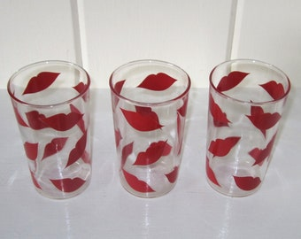 Set of 3 Vintage MAGEKIST CARPET CLEANING Promo Red Lip Drinking Glasses - Chicago, Illinois
