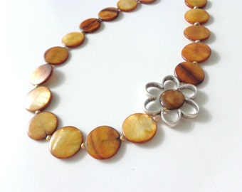 Brown gold flower necklace