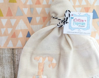 Organic Cotton Monogram Knot Hat with Peach Triangle Fabric