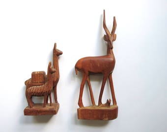 Vintage Antelope or Gazelle Figurine // Wooden Mother and Baby Statue Bookshelf Decoration Retro Mid Century Bohemian Boho Decor
