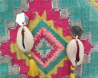 Yellow tassel and shell dangle earrings