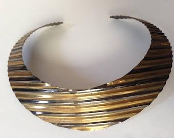 Vintage 1990's Brass Collar Choker