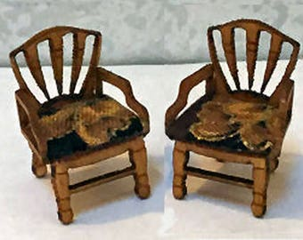 Quarter Inch Scale Georgian Chairs Dollhouse Furniture Kit.