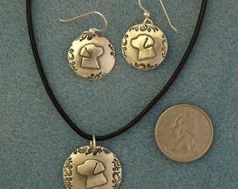 Labrador Retriever Necklace, Lab Pendant with Stainless Chain