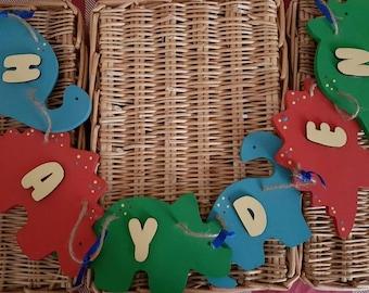 Dinosaur wooden personalised bunting, children's bedroom decor, dinosaur fan, wall decor, playroom bunting, handmade wooden bunting,