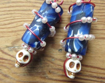 Day of the Dead skull earrings Memento mori jewerly Soft grunge nu goth tumblr aesthetic Skull jewelry Dia de los Muertos la calavera