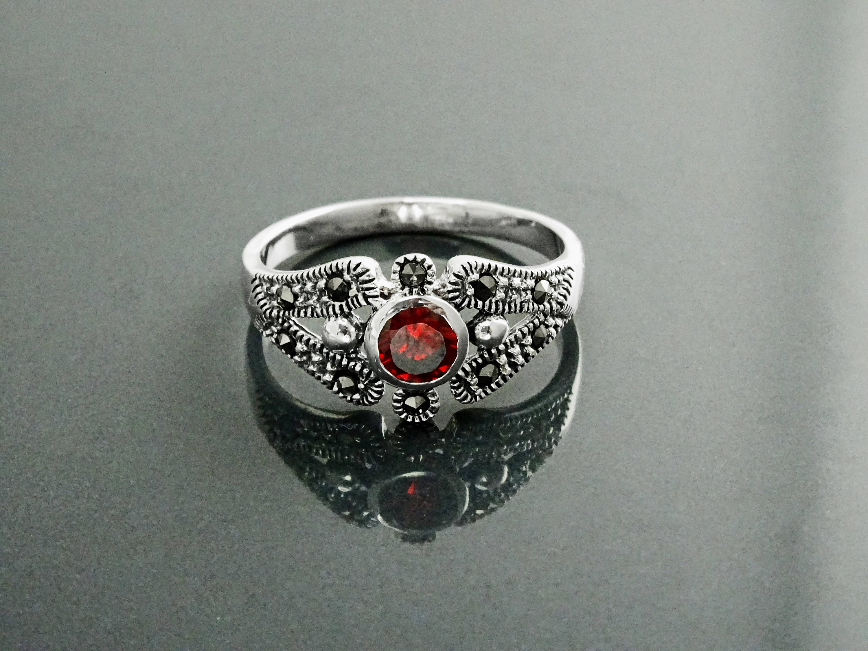 in rings diamonds ring ori details engagement garnet white ringscollection gold scarlet with size red maroon
