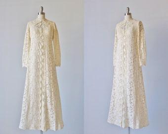 Vintage 1960s Lace Sheath Wedding Dress / 1960s Wedding Dress / Two Piece  / Simply Chic
