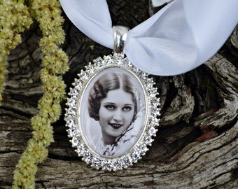 Bouquet Photo Charm Silver Oval Rhinestone with Picture Setting Wedding Shoes Bridal Memory Accents Frame Bling