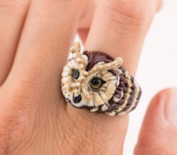 Lampwork glass bird ring, owl ring, forest ring, lampwork owl, glass bird, glass animal ring, lampwork bird ring (size 20 - T 1/2  - 10)