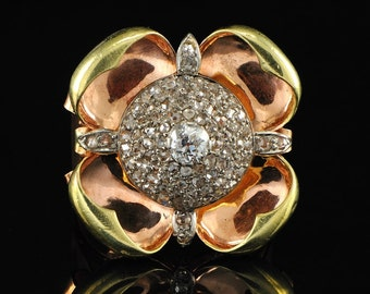 Spectacular late Art Deco huge diamond flower ring