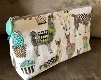 Llama Cosmetics Bag, Makeup Bag, Llama Lover Gift, Hand Made, Cotton Fabric, Feminine, Super Cute, Accessory Bag, Toiletry Bag, Cream