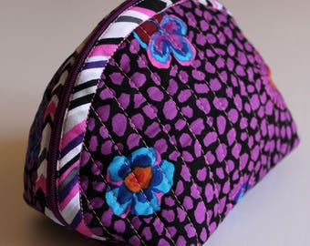 Handmade Dumpling pouch - fabric - quilted - purple and black - flowers