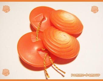 4 plastic red orange vintage buttons - sewing or scrapbooking