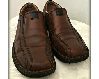 Men's leather loafers, Men's shoes, Brown leather shoes, Men's slip on shoes, Men's size 9 1/2 shoes, Slide on shoes