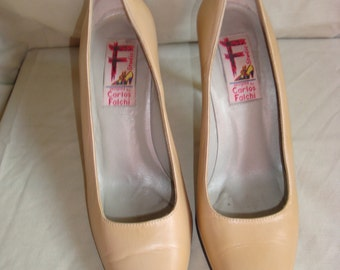 Beige Leather Carlos Falchi Pointed Pumps 6M