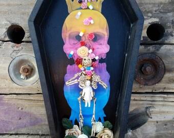 Birth in a coffin
