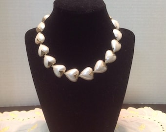 Vintage valentine hearts Mother Of Pearl look choker Necklace gold tone chain