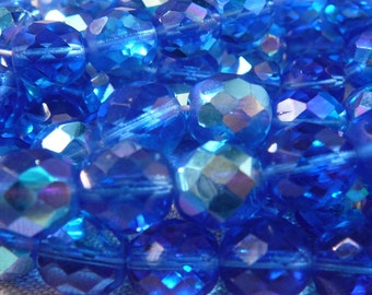GLASS BOHEME -round faceted beads - 5 Faceted Pearls - Sapphire