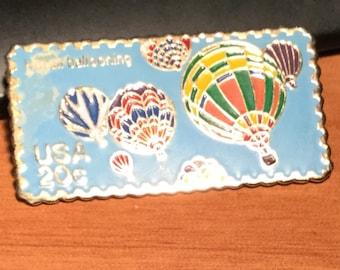 PinUS 20c Ballon Postal Stamp Pin