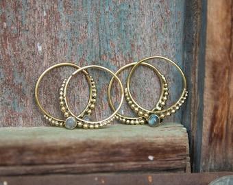 Brass Earrings Fine Elegant Stones Moonstone Labradorite Black Onyx tiger Eye Garnet / Boucles D'oreilles en laiton pierres elegante Modern
