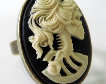 Cameo ring retro vintage red rose rockabilly pin up gothic penny dreadful