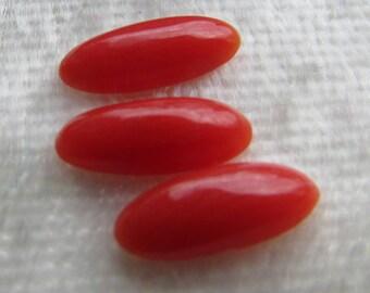 Lot of 3 vintage natural Mediterranean red coral gemstone cabochons 9 x 4 elegant oval