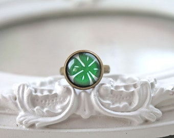 Shamrock ring St Patricks day green clover  geekery Ireland