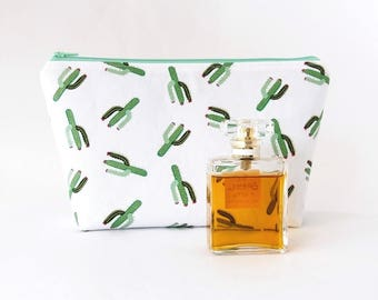 Cosmetic bag, Cactus, Large makeup bag, Cactus cosmetic bag, Mother gift, Cosmetic pouch, Toiletry bag, Cactus zipper pouch, Makeup storage