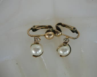 Sarah Coventry Faux Pearl Dangles