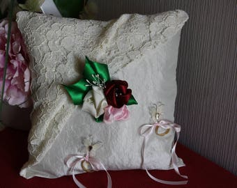 Ivory taffeta and vintage lace wedding ring cushion