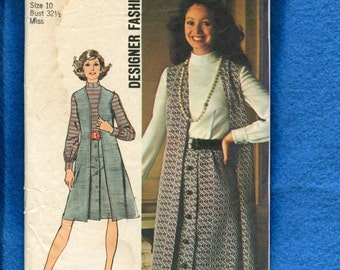"1972 Simplicity 5183 Duster Length Vest  ""A"" Line Front Button Skirt on a Shirt Dress Back Size 10"